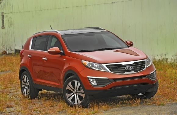 kia sportage suv crossover 2012 pictures kia sportage suv crossover review. Black Bedroom Furniture Sets. Home Design Ideas