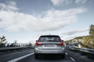 Volvo V90 Station Wagon (8)