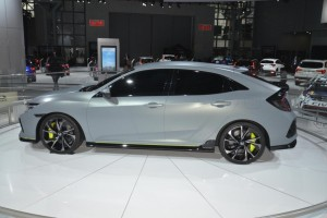 2017 honda civic hatchback (7)