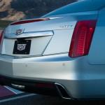 2017-Cadillac-CTS-108-876x535