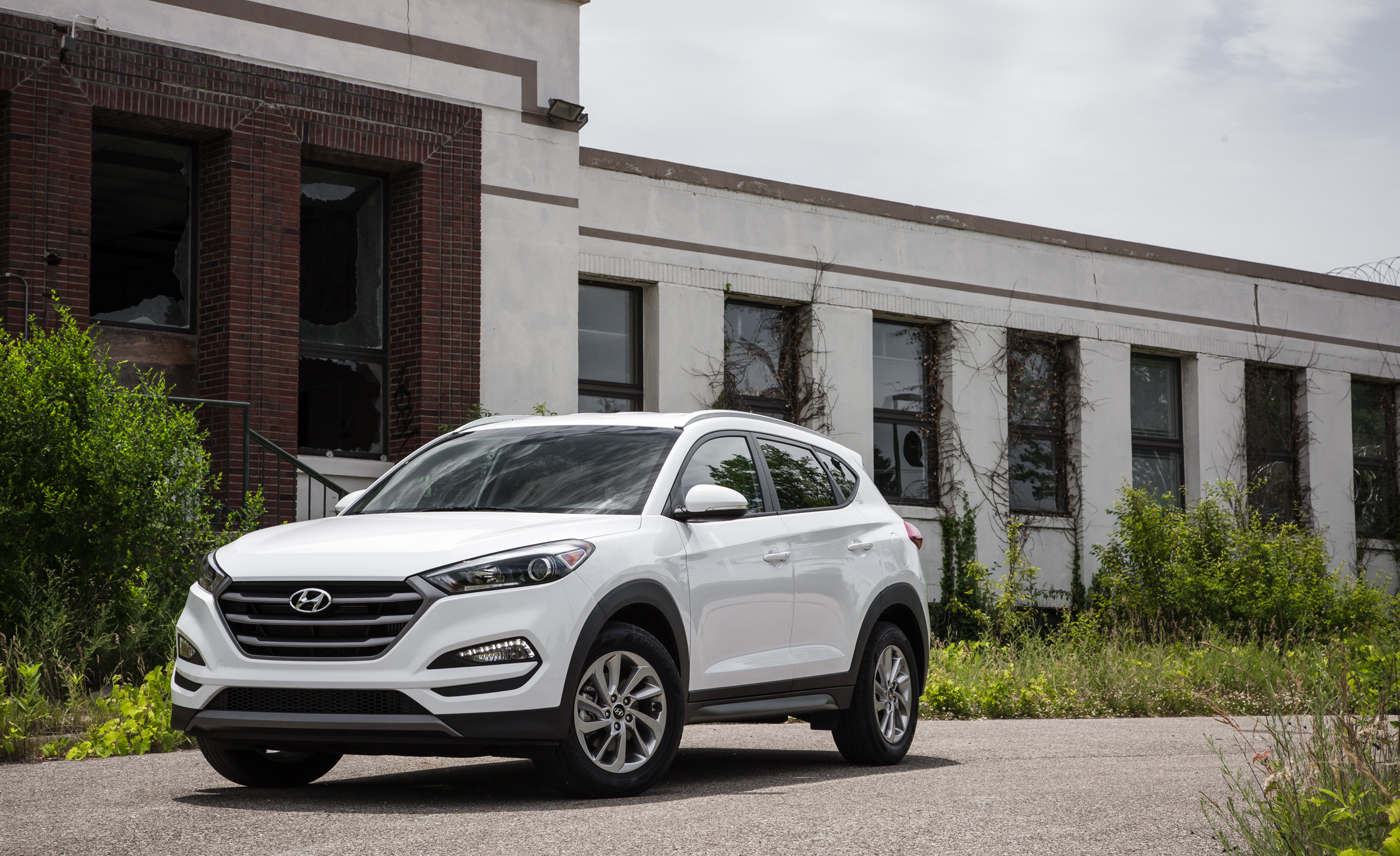 Hyundai Tucson Mildly Updated For 2017 Suv News And Analysis