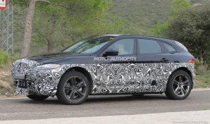 2019-jaguar-i-pace-test-mule-spy-shots-4