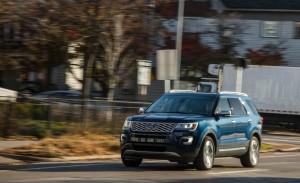 2017-ford-explorer-platinum-1