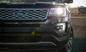 2017-ford-explorer-platinum-13