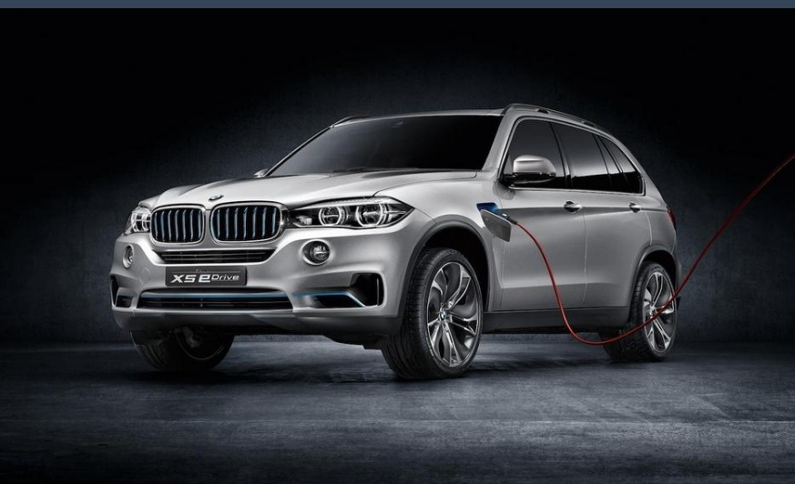 3 things to know about the 2017 bmw x5 plug in hybrid. Black Bedroom Furniture Sets. Home Design Ideas