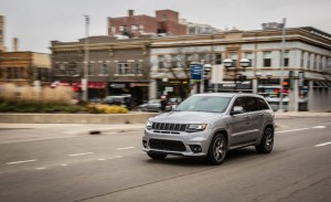 2017 Jeep Grand Cherokee SRT (41)