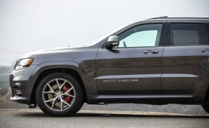 2017 Jeep Grand Cherokee SRT (9)