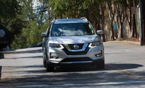 2017 Nissan Rogue Hybrid (15)