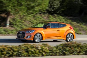 hyundai veloster value edition (51)