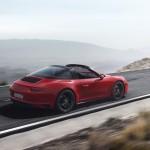 Porsche 911 Targa 4 GTS (2)