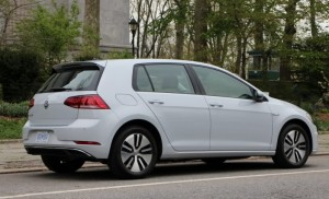 2017 volkswagen e-golf (2)