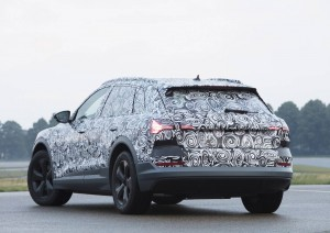 Audi-e-tron-Quattro-spy-shots-3