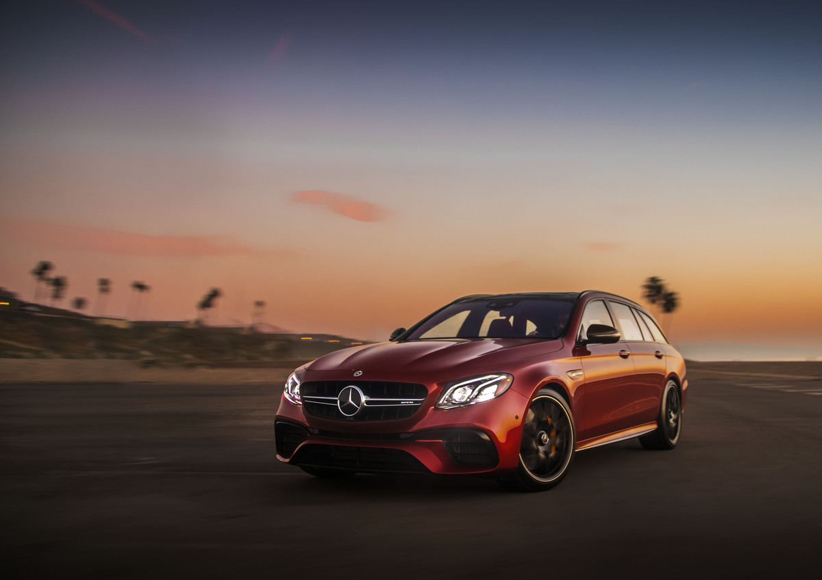 Mercedes amg e63 s wagon the fastest wagon in the world for Fastest mercedes benz amg