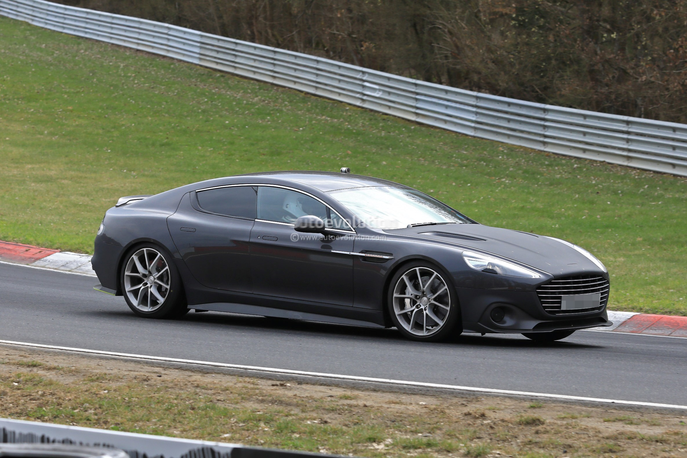 Things To Expect From The Aston Martin Rapide AMR SUV News - Rapide aston martin