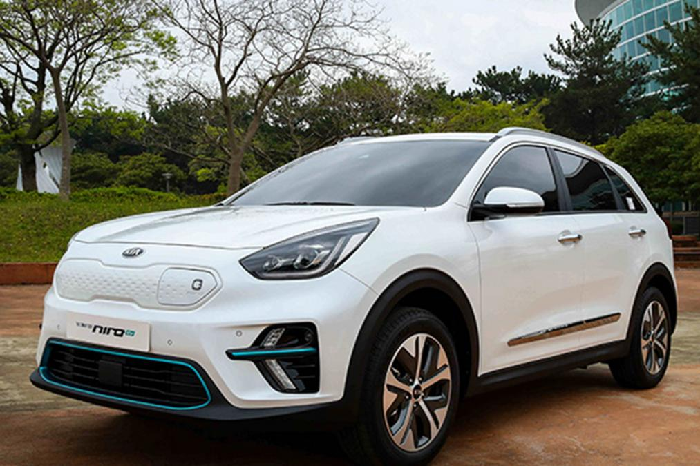new 2019 kia niro ev unleashed at international electric vehicle expo suv news and analysis. Black Bedroom Furniture Sets. Home Design Ideas
