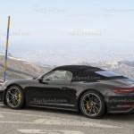 2018-porsche-911-speedste-16_1600x0w