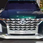 hyundai grandmaster three-row suv (1)