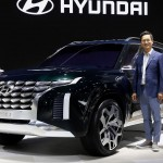 hyundai grandmaster three-row suv (8)