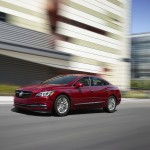 buick lacrosse sport touring (1)