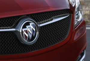 buick lacrosse sport touring (2)