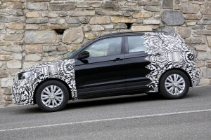 volkswagen t-cross disguised (12)