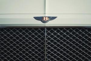 2019 bentley bentayga hybrid (13)