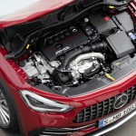 Kompaktes Multitalent für den Einstieg in die Mercedes-AMG Welt Der neue Mercedes-AMG GLA 35 4MATIC