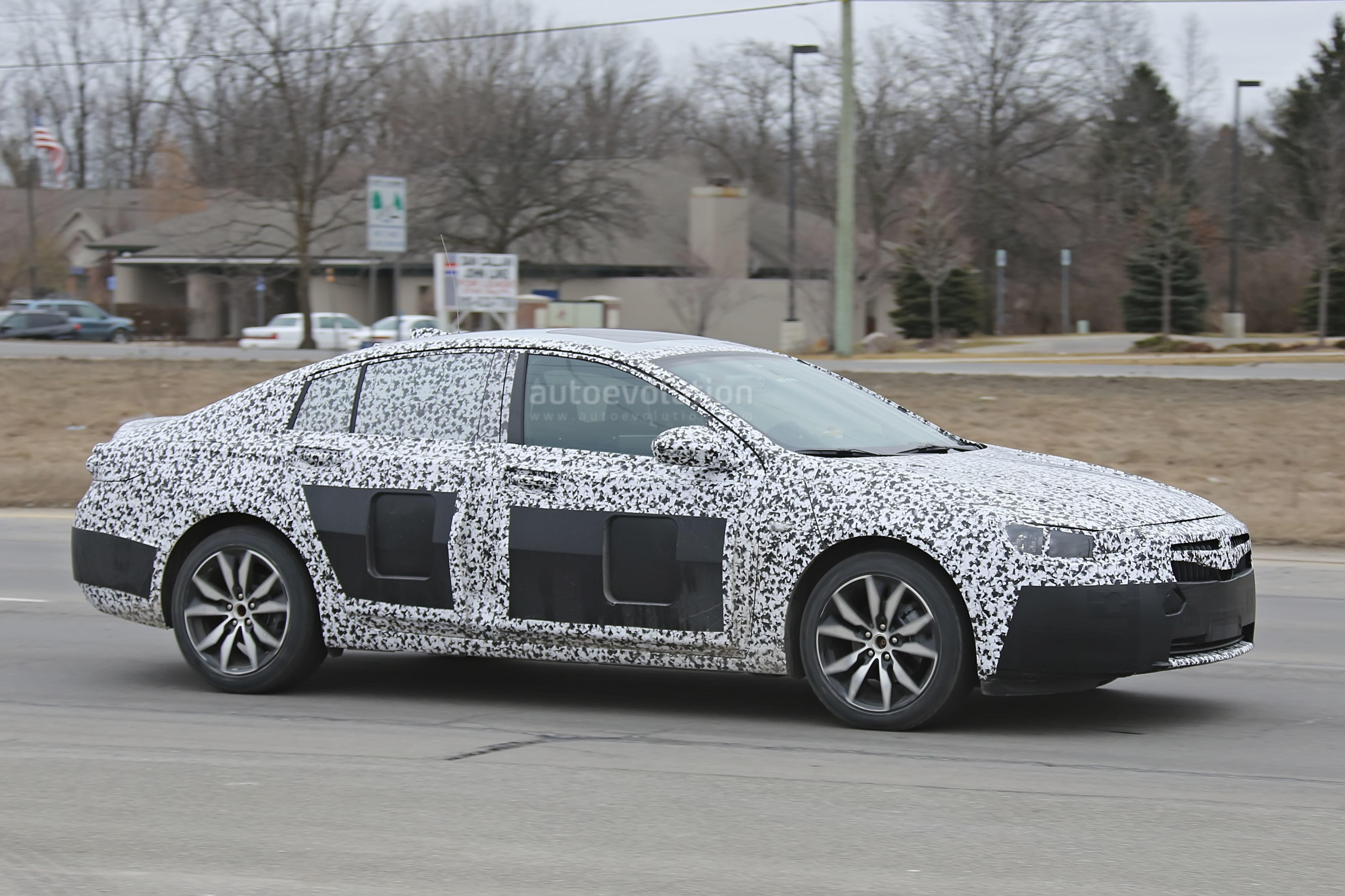 2018 Buick Regal (8) | SUV News and Analysis
