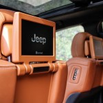 2017 Jeep Grand Cherokee SRT (35)
